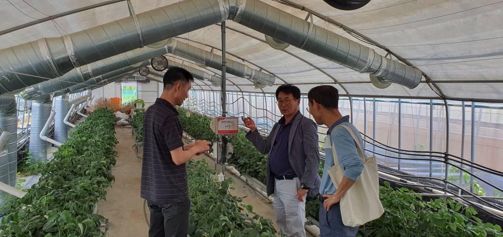 육성기업 현장방문 사진, 출처: 농업기술실용화재단