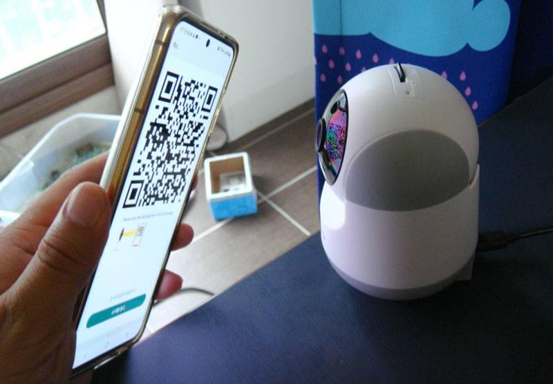 탠플 앱에서 생성된 QR 코드를 카메라에 인식시켜 연결을 완료한다